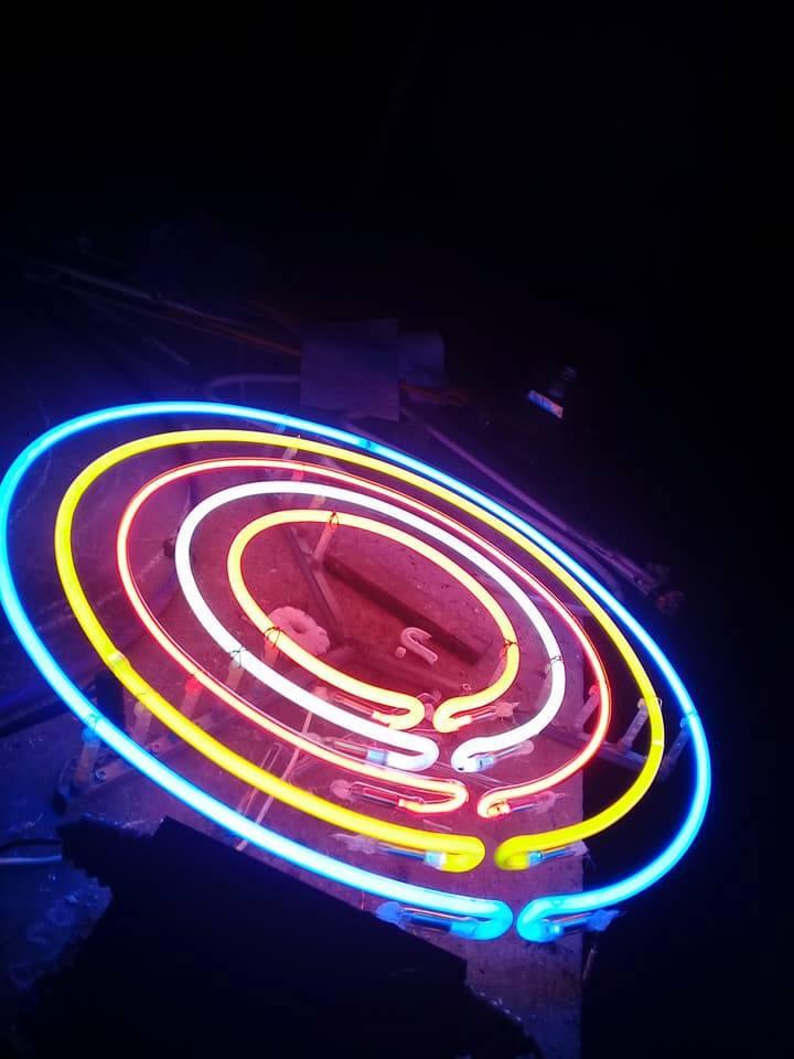 đèn neon tại Đà Nẵng liên hệ 0938569427