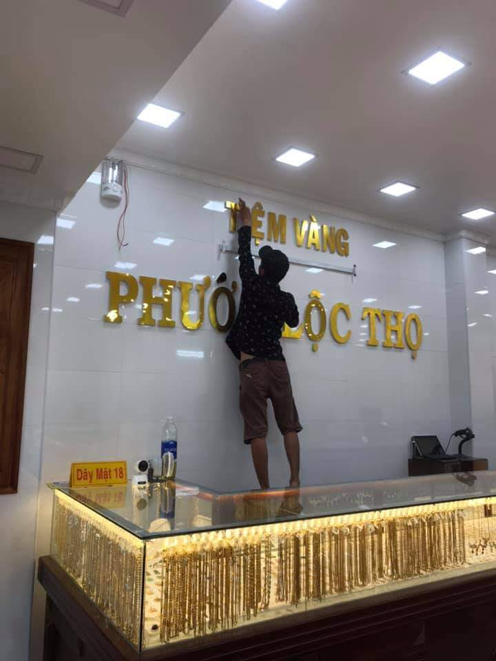 Làm bảng hiệu đẹp tại Đà Nẵng uy tín, chất lượng là hàng đầu LH: 0938569427