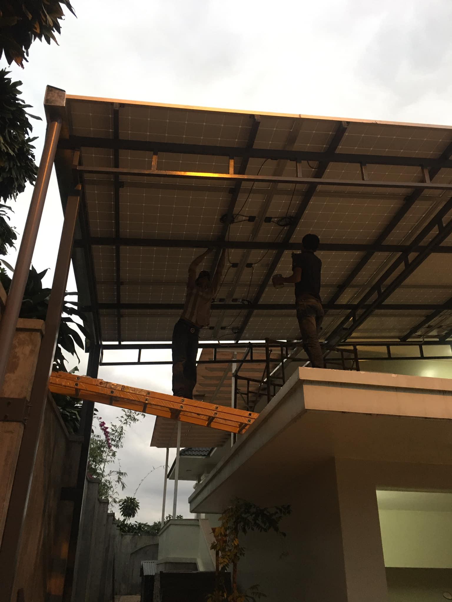 Đội khoảng lắp pin năng lượng mặt trời chuyên nghiệp tại Đà Nẵng