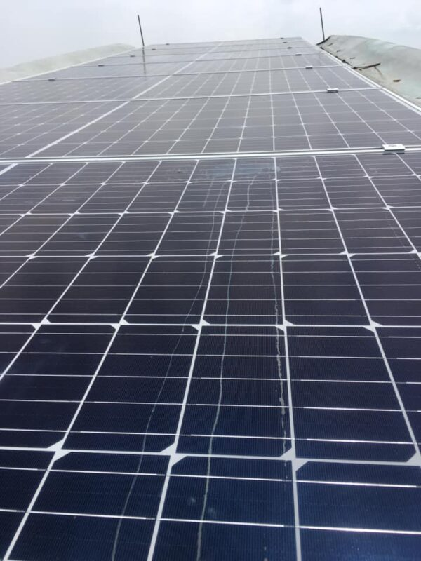 Đội lắp pin năng lượng mặt trời chuyên nghiệp tại Đà Nẵng