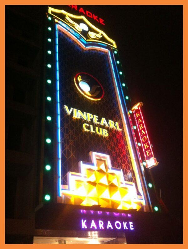 Thiết kế thi công bảng hiệu quán karaoke đẹp tại Đà Nẵng LH: 0974480518