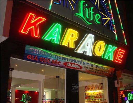 Làm bảng hiệu quán karaoke tại Đà Nẵng LH: 0974480518